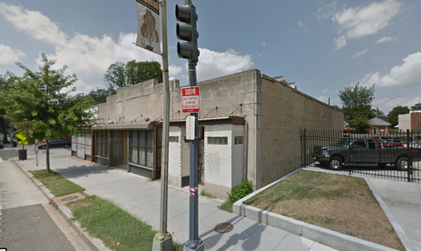 Current 1-story building at 1326 Florida Ave, proposed site for 4-story 45-unit building